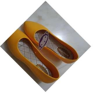 BN waterproof shoes