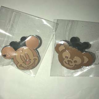 香港 迪士尼 徽章 Disney Game Pin 2018 3月 米奇 Duffy