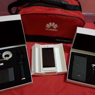 Huawei P10 Plus Gold with complete package