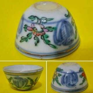 民國團鹤花卉杯,較少見