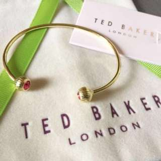 (NEW) Ted Baker Swarovski Crystal etched ball cuff