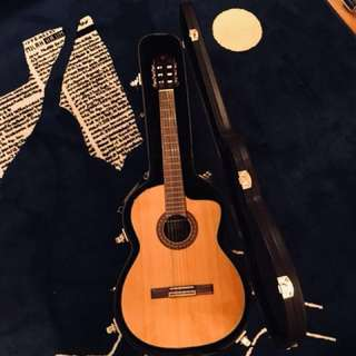 🚚 Takamine TC132SC Classical Nylon String Acoustic Guitar With Hard Case