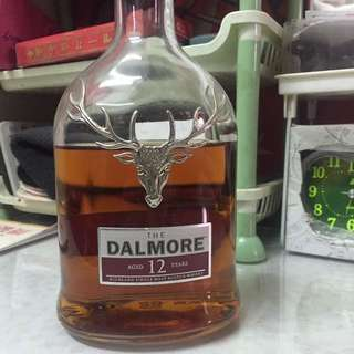 Dalmore Aged 12 years Highland Single malt scotch whisky (70% new)