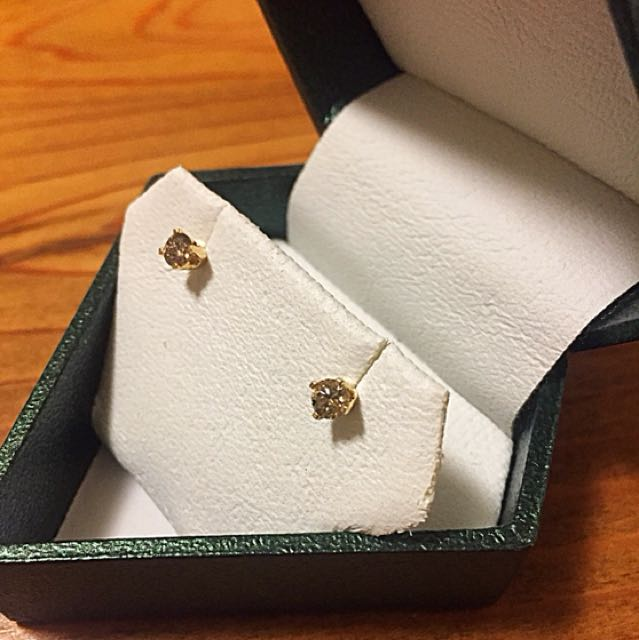 14 kt gold 0.32 ct diamond earrings