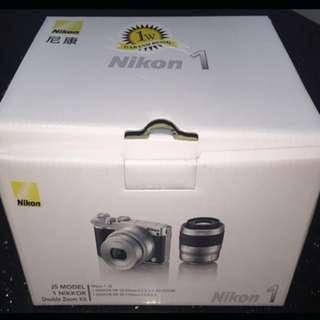 Kredit Nikon J5 FREE memory card + tas
