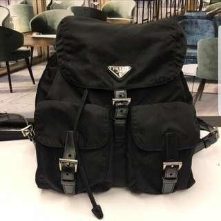 新年大放送🈹Prada backpack