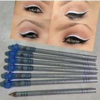 [NEW] Menow Glitter Eyeliner