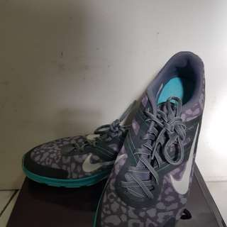 Nike Flywire Workout Shoes