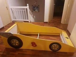 Ferrari bed frame normal single size siap hantar dan pasang sesuai umur 1yr-15yr bole pakai lama
