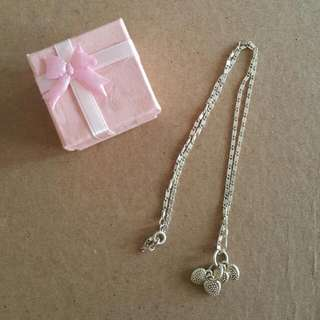 STRAWBERRY NECKLACE ♡