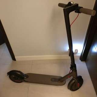 小米電動滑板車Mi Electric Scooter