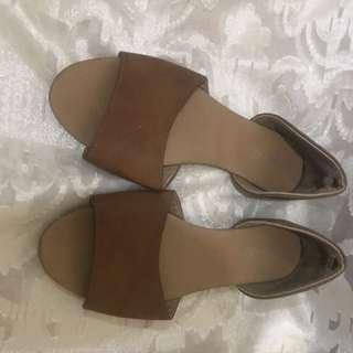 Rubi slip on sandals size 8