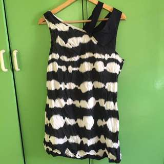 Semi black and white dress