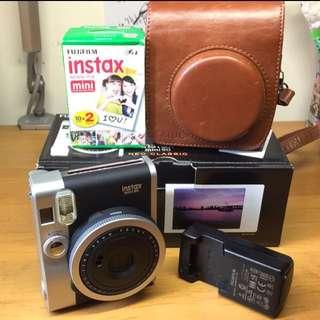 🚚 fujiflim Instax mini90拍立得(黑色公司貨)附贈皮套、原廠電池、20入拍立得底片
