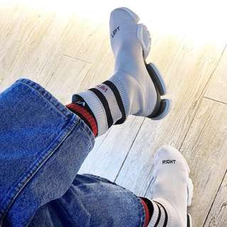 Vetements xReebok香港限定sock runner 43碼