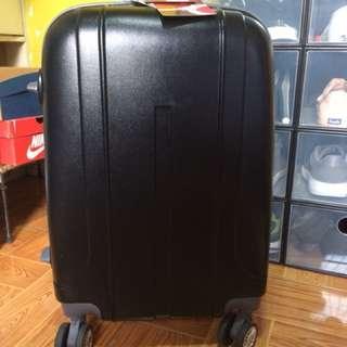 Travel basic luggage