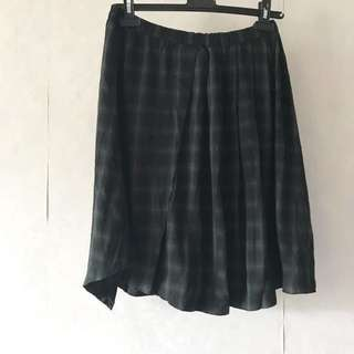 🈹sale! New mi-tu 不規則冬季格子裙checked skirt