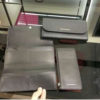 Burberry long Wallet in black with Box