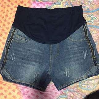 FREE NM, Shorts