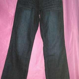 Celana Jeans panjang..