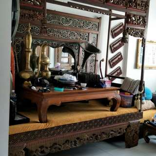 Antique bed (MADURA BED)
