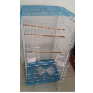 LIKE NEW 9.5/10 Tall cage for Budgies, Cockatiel, Parakeet, Parrot, Sugar glider and Bird