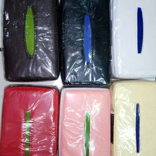 Tisu box kulit universal mobil