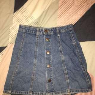 Cute size 8 denim skirt