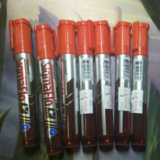 7 red permament markers
