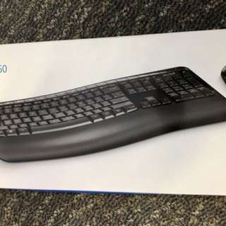 Microsoft Wireless Keyboard with mouse combo