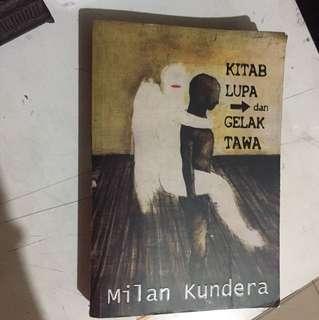 Novel MILAN KUNDERA/ Kitab lupa dan gelak tawa