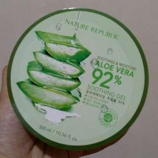 Aloe Vera 92% Soothing Gel (300mL)