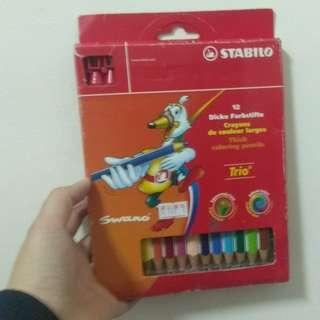 🚚 12色色鉛筆