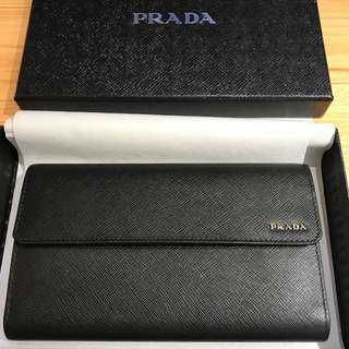 Prada Unisex black leather wallet 真皮銀包