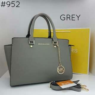 Michael Kors Large Selma Tote Bag Grey Color