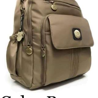 Bag with laptop holder inside ⚛️5 compartment ⚛️size : 16 inches