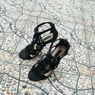 Reprice f21 heels