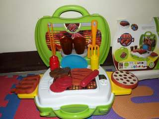 My Suitcase BBQ Set