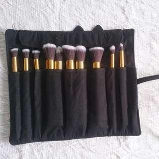 Make Up Brush Case (Brushes included)