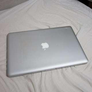 Macbook Pro 2010 15 Inch 8GB Ram 250GB SSD
