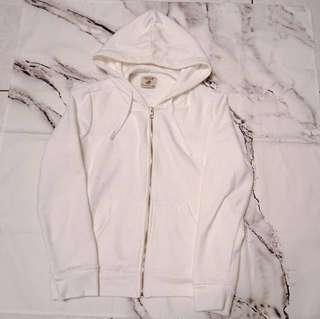 🚚 過年降 ZARA 集團品牌 PULL&BEAR 白色 連帽外套 薄款 刷毛 女生 S