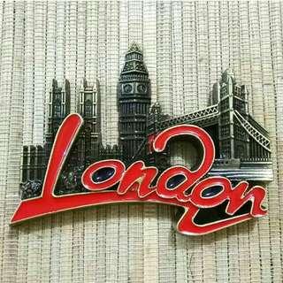 Magnet Kulkas Besi London GG