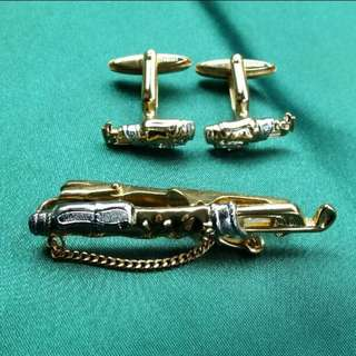 Christian Dior Gold Motif Necktie and Cuffs Pins