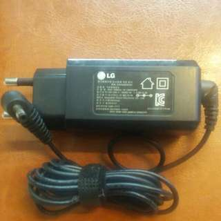 LG LAPTOPS CHARGER