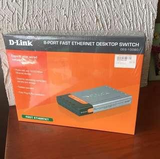 D-LINK 8-port fast Ethernet desktop switch