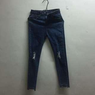 牛仔褲 割破 百搭 深藍牛仔褲