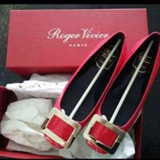 Roger Vivier RV 平底鞋