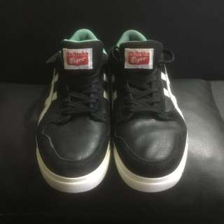 Otnisuka Sneakers ( Negotiable)