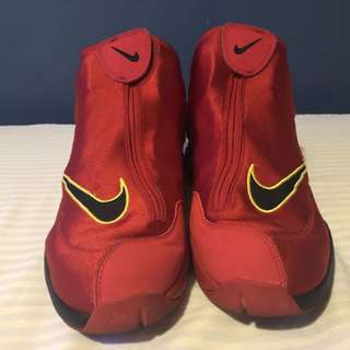 "Zoom Flight The Glove ""Heat"""