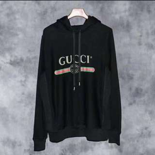 二手Gucci hoodie in black small size